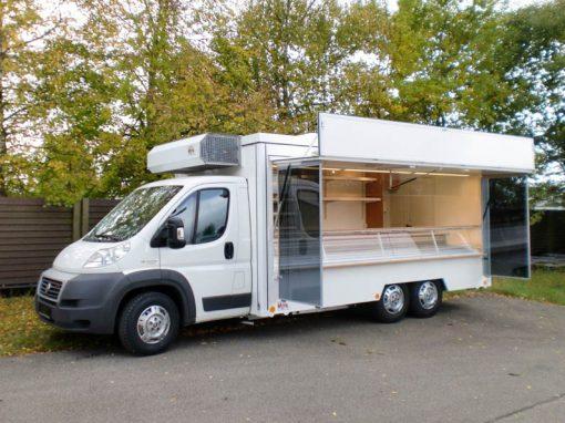 3-Achs-Kühltheken-Markt-Fahrzeug
