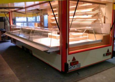 Marktanhänger für Käse & Backwaren