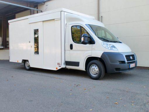 Frühstücksmobil mit SB-Verkaufsaufbau