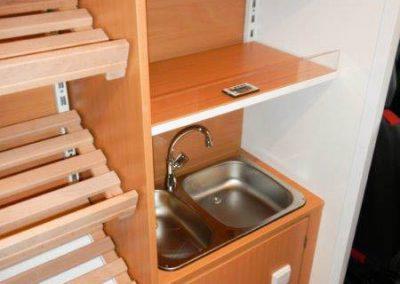 Hygienebereich und Handelswarenregal