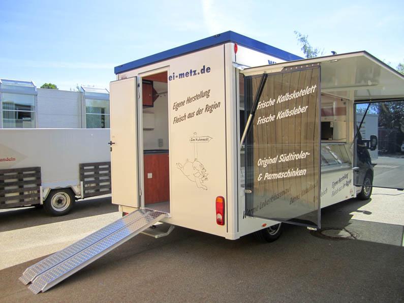 Kühlthekenmobil mit Kühlbevorratung